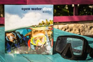 Open Water Manual with mask